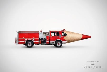 """карандаш-автобус выглядит очень """"сочно"""" и сразу привлекает внимание"""