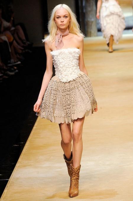 Корсеты: женственность всегда в моде! — фото 2