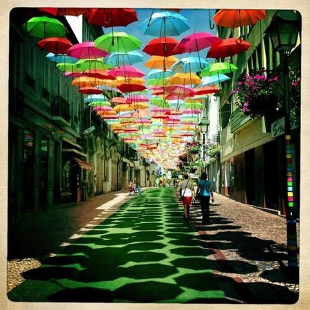 """Инсталляция """"Umbrella Sky"""": небо, зонтики и яркие краски! — фото 6"""