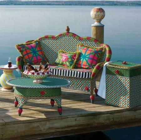 Садовая мебель от MacKenzie-Childs: яркая индивидуальность на приусадебном участке — фото 8