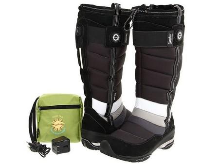 Зарядное устройство предлагается в стильной сумочке — можно брать с собой!