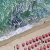 Ностальгия по лету: пляжи с высоты птичьего полета от Грея Мэлина