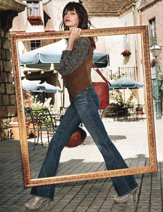 Джинсы-клеш - новое веяние западной моды — фото 18