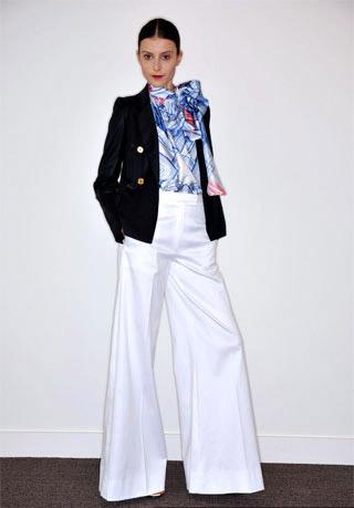 Джинсы-клеш - новое веяние западной моды — фото 11