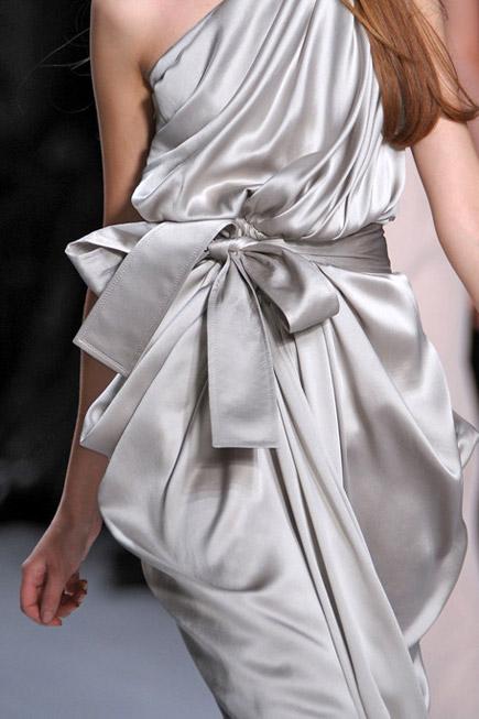 Модное веяние из  Японии - пояса, завязанные бантом. — фото 4