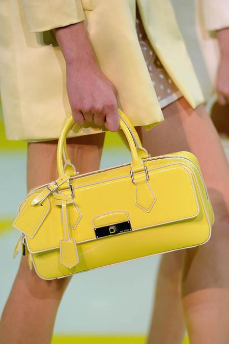 Аксессуары и обувь Louis Vuitton