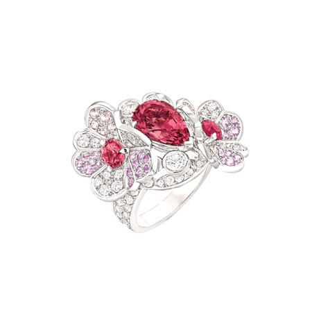 Шикарные украшения ко Дню святого Валентина от Dolce&Gabbana, Chanel, Dior и Louis Vuitton — фото 4