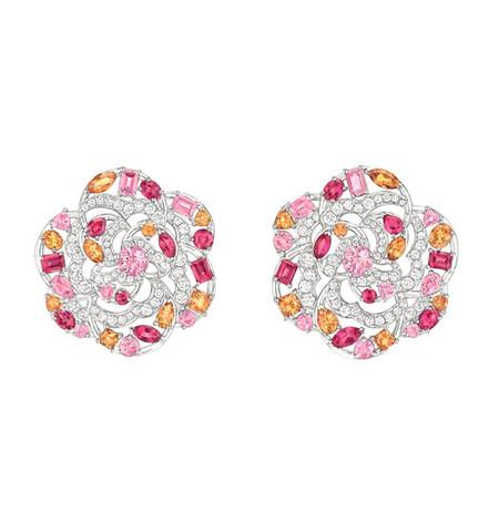 Шикарные украшения ко Дню святого Валентина от Dolce&Gabbana, Chanel, Dior и Louis Vuitton — фото 15