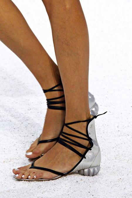 Обувь в морском стиле от Chanel