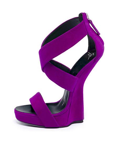 А нужен ли каблук? Необычная обувь становится настоящим трендом. — фото 17