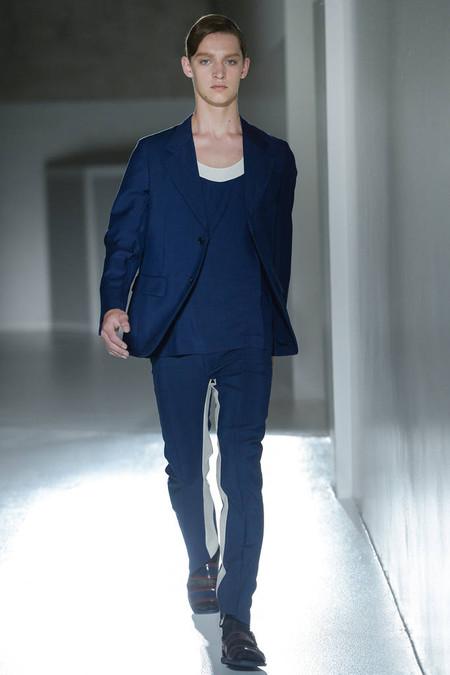 Мужские костюмы 2013: много, очень много яркости и цвета)) — фото 35