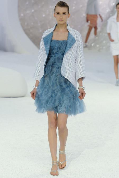 Морской стиль – модная тенденция весенне-летнего сезона 2012 — фото 2