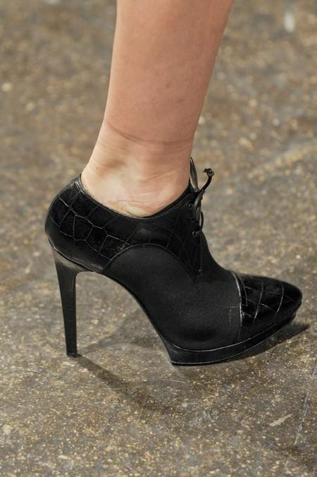 Акцент на носок: в моде обувь с заостренным носом — фото 4