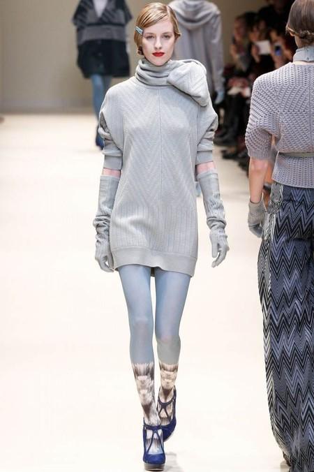 Женские свитера 2013: кокой выбрать и с чем носить? — фото 13