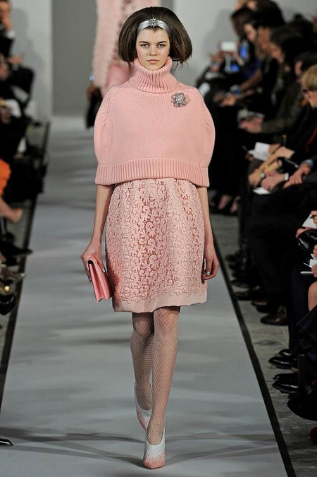 Женские свитера 2013: кокой выбрать и с чем носить? — фото 25