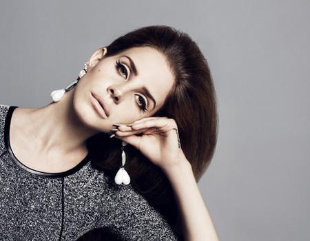 Очаровательная  и таинственная Лана Дель Рей в новой рекламной кампании марки H&M — фото 34