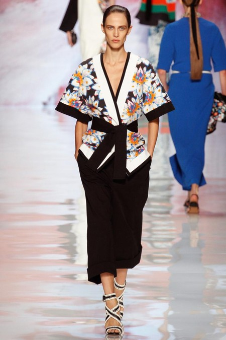Модная экзотика: этнический стиль в одежде — фото 28