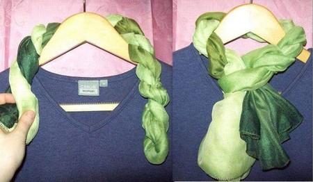 Завязываем шарф жгутом