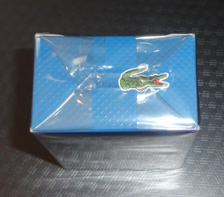 Как отличить настоящий Lacoste от подделки: чем отличается оригинальный парфюм от фейка — фото 3