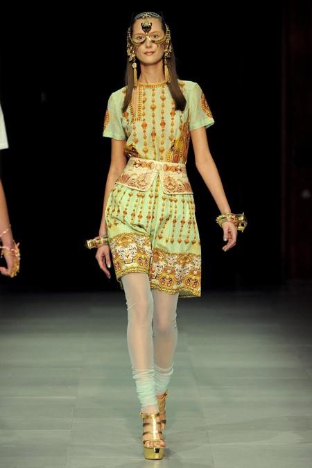 Модная экзотика: этнический стиль в одежде — фото 39