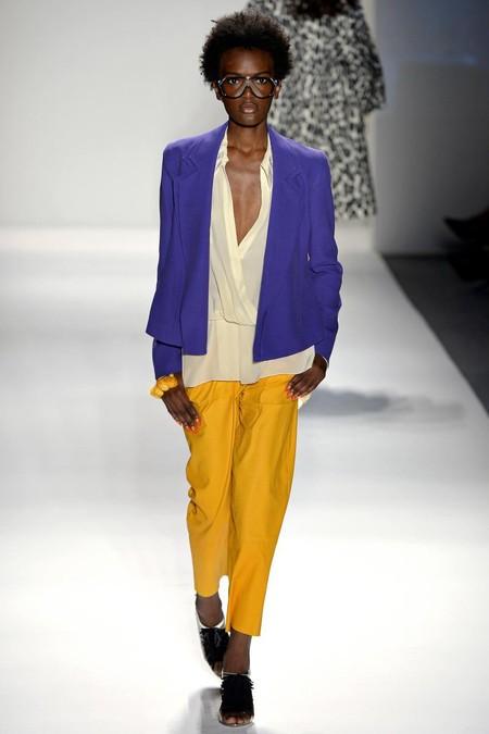 Модные жакеты и блейзеры сезона весна-лето 2013: добавим строгости в свой гардероб — фото 25