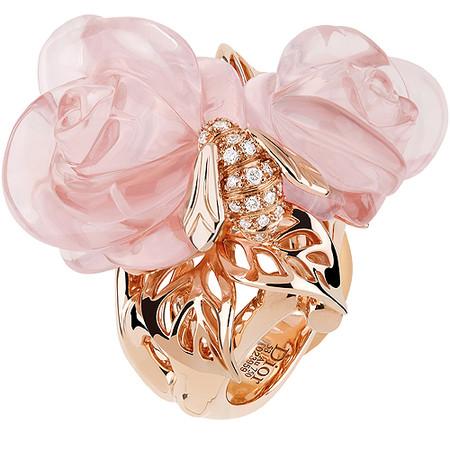 Шикарные украшения ко Дню святого Валентина от Dolce&Gabbana, Chanel, Dior и Louis Vuitton — фото 26