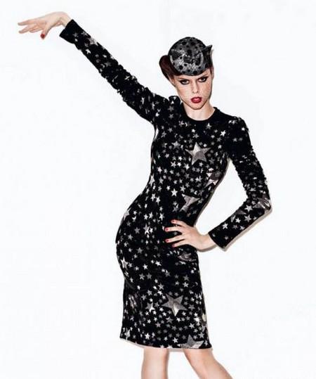 платье от Dolce & Gabbana, шляпка от Maison Michel