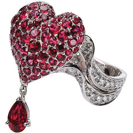 Шикарные украшения ко Дню святого Валентина от Dolce&Gabbana, Chanel, Dior и Louis Vuitton — фото 23