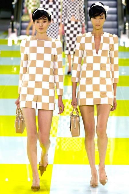 Партия в шахматы: весенне-летняя коллекция Louis Vuitton — фото 7