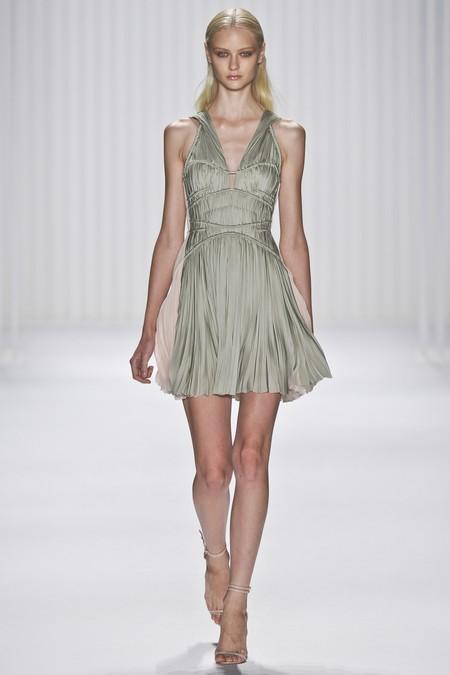 Божественная линия снова в моде: греческий стиль 2013 — фото 8