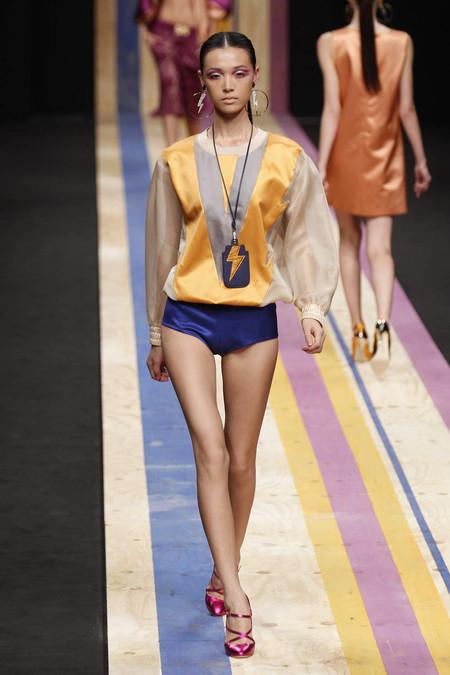 Толстовка: разновидности, история, модные модели 2013 — фото 19