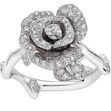 Шикарные украшения ко Дню святого Валентина от Dolce&Gabbana, Chanel, Dior и Louis Vuitton — фото 21