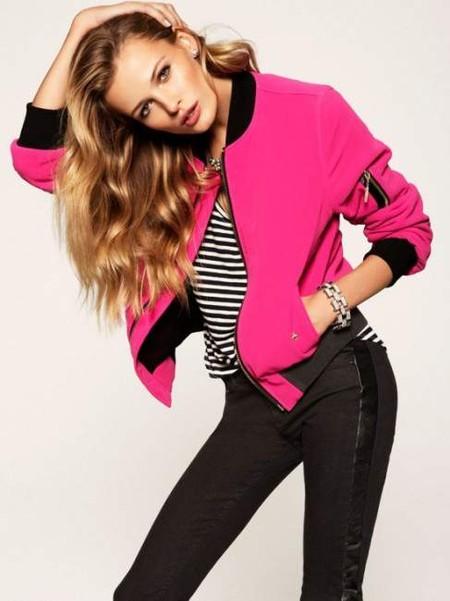В этом сезоне Juicy Couture делает ставку на комбинацию розового и черного цветов