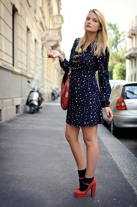 Носочный тренд: с какой летней обувью можно носить носки — фото 15