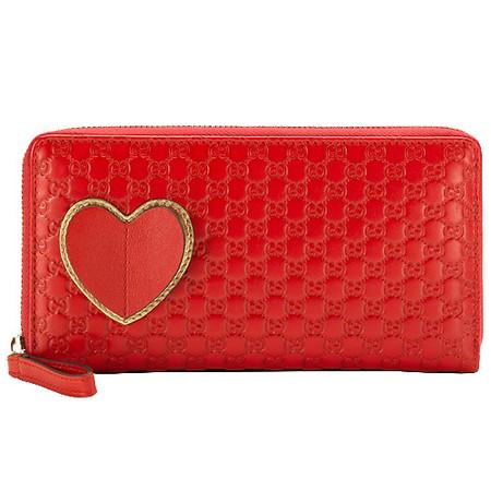 Подарки для любимой от ведущих мировых брендов:  Miu Miu, Louis Vuitton, Gucci и Chanel — фото 18