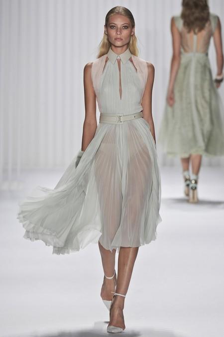 Божественная линия снова в моде: греческий стиль 2013 — фото 9