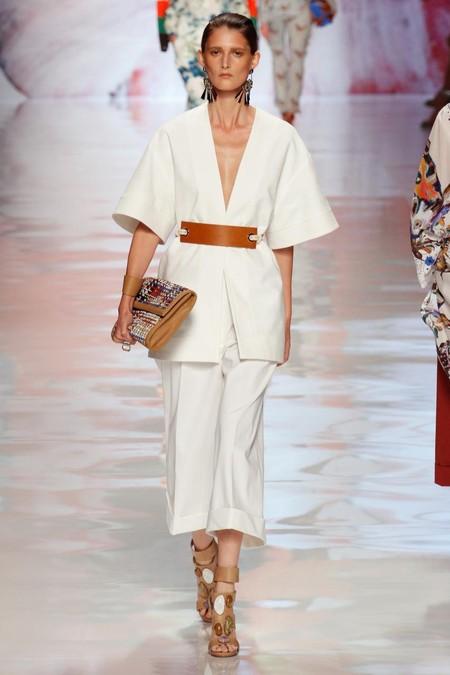Модные жакеты и блейзеры сезона весна-лето 2013: добавим строгости в свой гардероб — фото 17