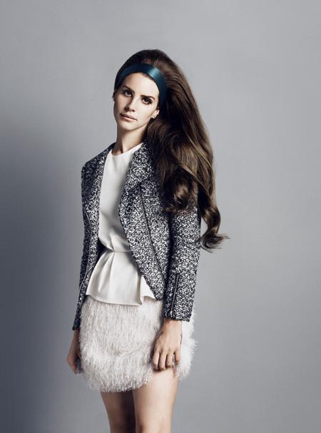 Очаровательная  и таинственная Лана Дель Рей в новой рекламной кампании марки H&M — фото 27