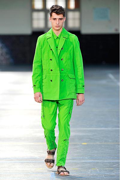 Мужские брюки лета 2011 — фото 1