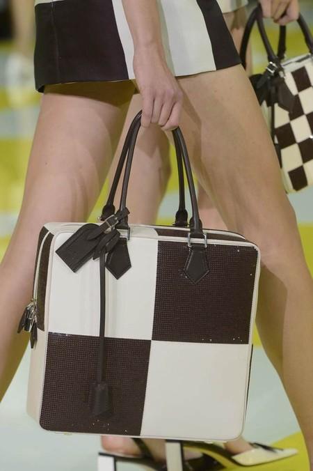 Партия в шахматы: весенне-летняя коллекция Louis Vuitton — фото 33