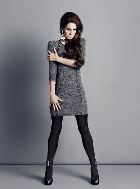 Очаровательная  и таинственная Лана Дель Рей в новой рекламной кампании марки H&M — фото 31