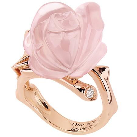 Шикарные украшения ко Дню святого Валентина от Dolce&Gabbana, Chanel, Dior и Louis Vuitton — фото 27