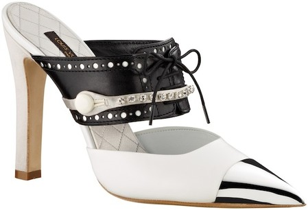 Акцент на носок: в моде обувь с заостренным носом — фото 10
