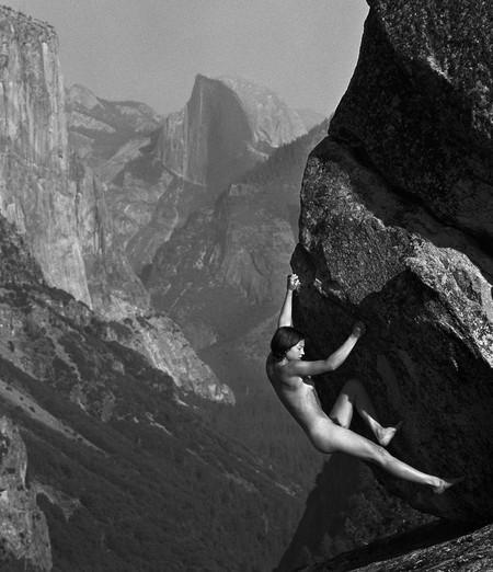 Мужчина с фотоаппаратом: лучше гор, могут быть только женщины на скалах! — фото 8