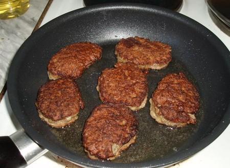 Пройдемся по субпродуктам. Оладьи из печени говяжьей. — фото 7