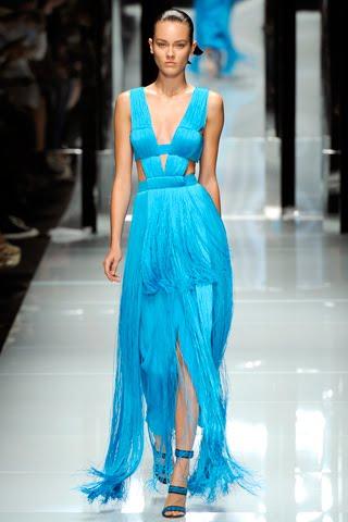 Изумрудное платье Versace