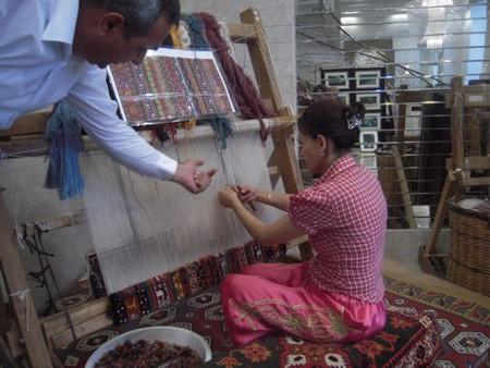 Так рождаются знаменитые турецкие ковры