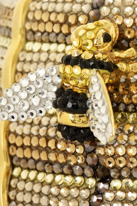 Удивительная и неповторимая сумочка Beehive Clutch от Judith Leiber, сделанная в виде пчелиного улья! — фото 3