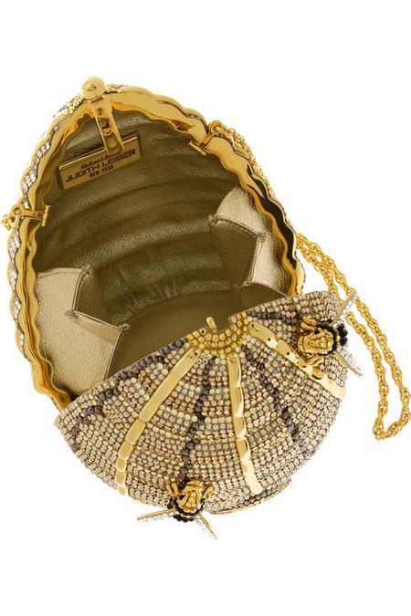 Удивительная и неповторимая сумочка Beehive Clutch от Judith Leiber, сделанная в виде пчелиного улья! — фото 4