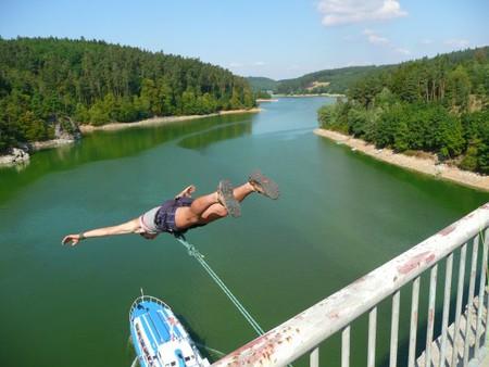 Rope-jumping - один из экстремальных видов активности - что вы думаете об этом? — фото 1